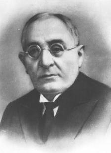 Ahmet Ağaoğlu - www.turkosfer.com