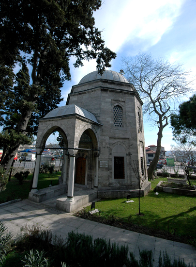 Barbaros Hayrettin Paşa'nın Türbesi - www.turkosfer.com