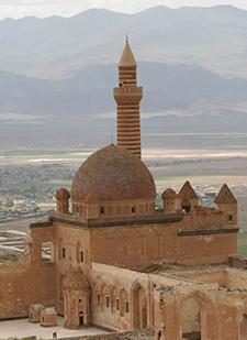 İshak Paşa Sarayı - www.turkosfer.com