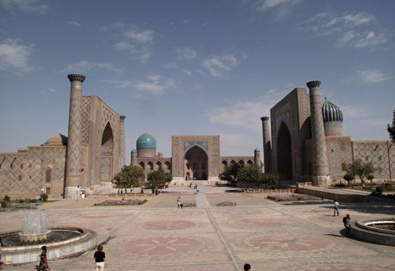 Semerkant Registan Meydanı - www.turkosfer.com