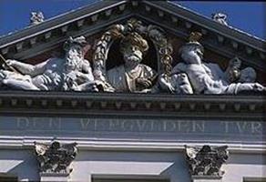 Barbaros'un Leiden'deki Büstü - www.turkosfer.com