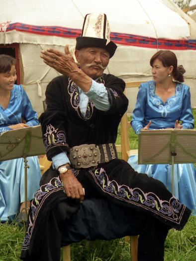 Kırgız Manasçı - www.turkosfer.com