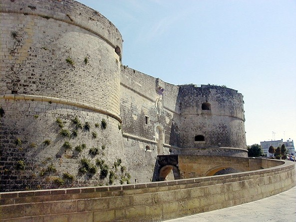 Otranto Kalesi - www.turkosfer.com